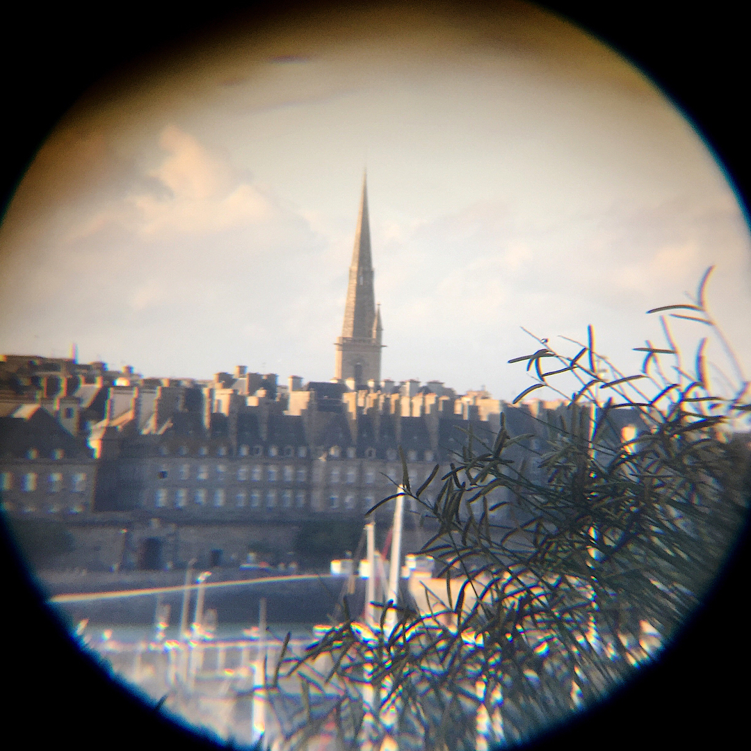Spying SaintMalo